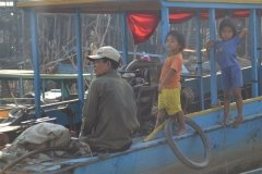 Oameni din Cambodia00010