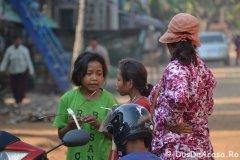 Oameni din Cambodia00036