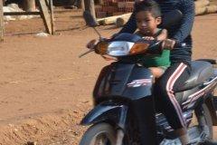 Oameni din Cambodia00065