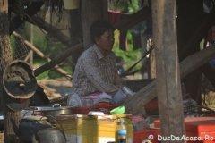 Oameni din Cambodia00074