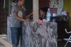 Oameni din Cambodia00098