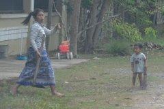 Oameni din Cambodia00119