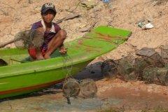 Oameni din Cambodia00122