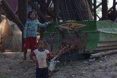 Oameni din Cambodia00126