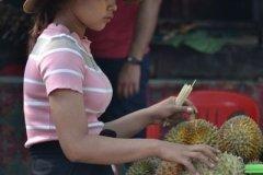 Oameni din Cambodia00137