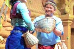 Oameni din Cambodia00142
