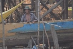 Oameni din Cambodia00144