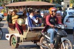 Oameni din Cambodia00154